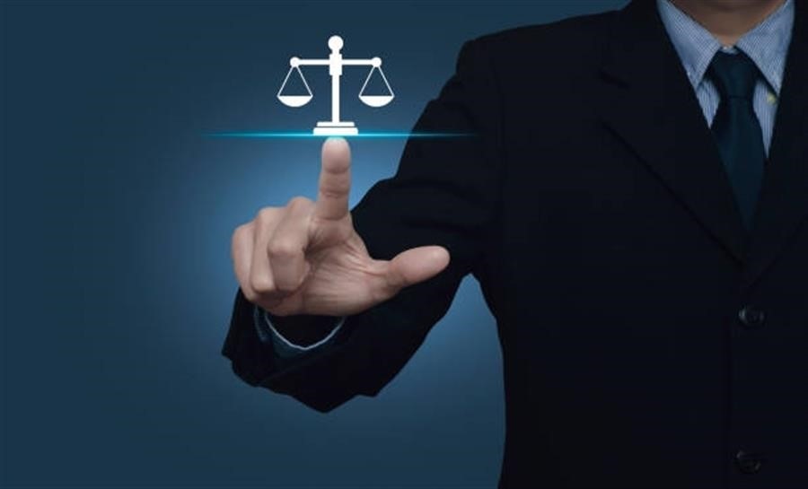 Choosing a Lawyer
